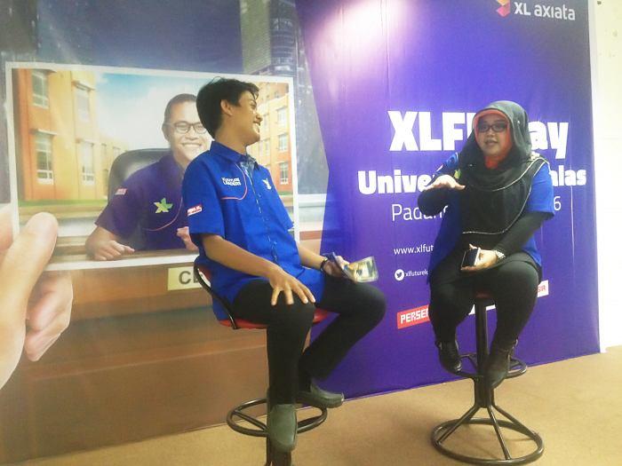 Sarroso Dwi Panggah – XL Regional Sales Manager Sumatera Barat, saat mengikuti acara mini roadshow XL Future Leaders Day di Universitas Andalas Padang